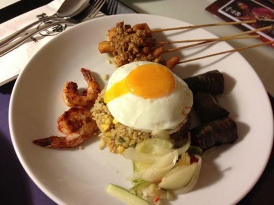 Hard Rock Hotel Penang : nasi gorang room service
