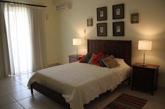 Cabarete East Beachfront Resort: rooms