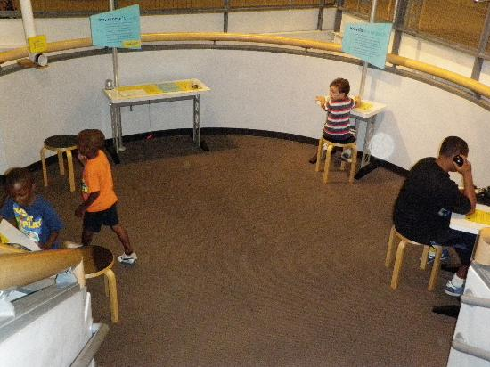 Long Island Children's Museum: Kids in one of the interactive areas