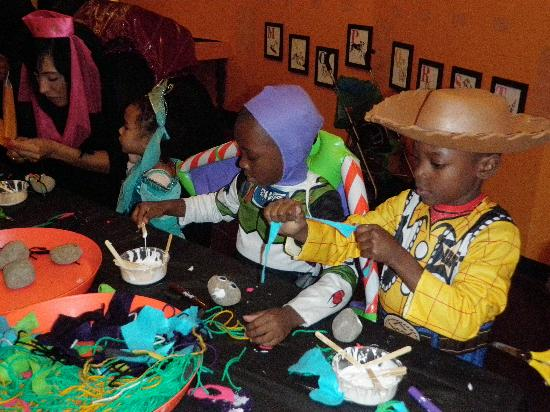 Long Island Children's Museum : Halloween at the museum