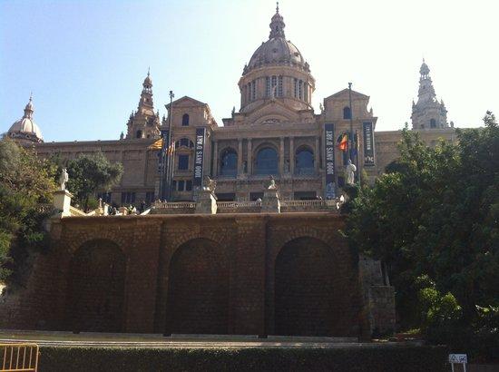加泰罗尼亚国立美术馆