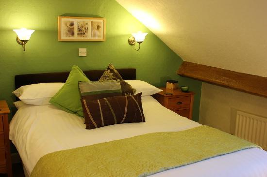 Pitcairn House: Standard double room with views towards Walla Crag