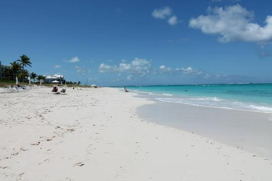 Grace Bay: The best stretch of the beach (quiet + wide)