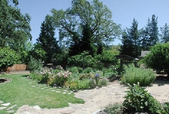 Casa Lana Bed & Breakfast: CasaLana Gardens