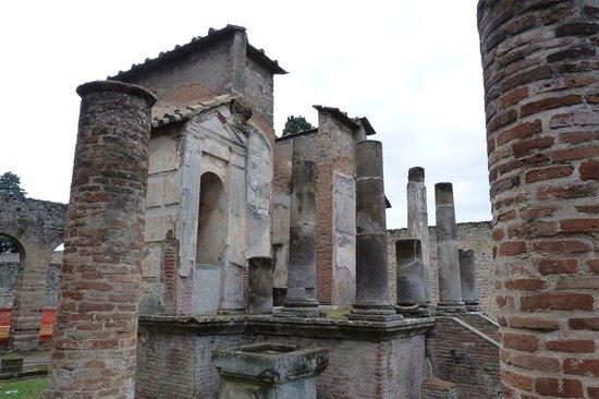 イシスの神殿