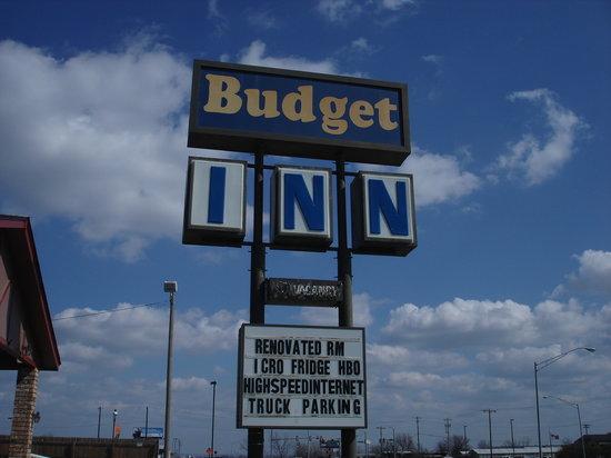 Budget Inn: motel