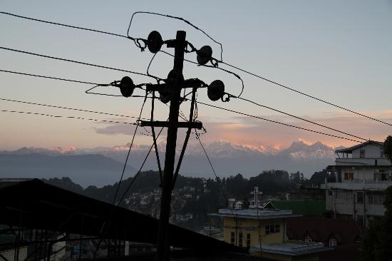 Snow Lion HomeStay : View of Mt Kanchenjunga from our room