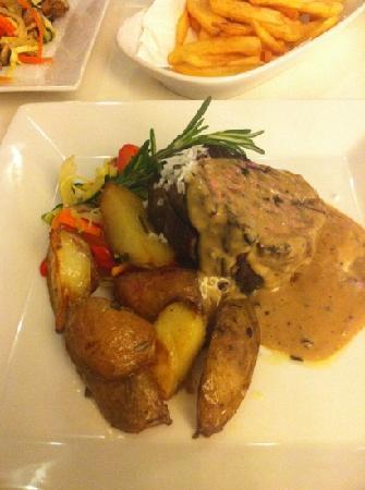 Bianco Restaurant: fillet steak
