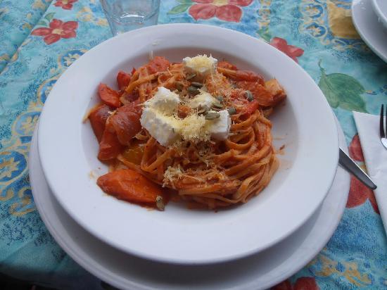 Reva's On The Waterfront : Vegetable Pasta