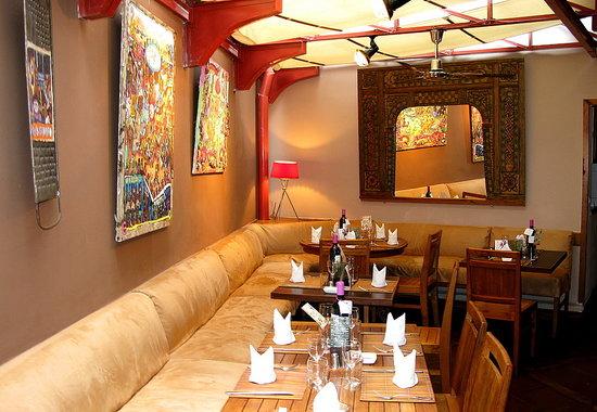 KUDeTA: Restaurant - Sous la verrière