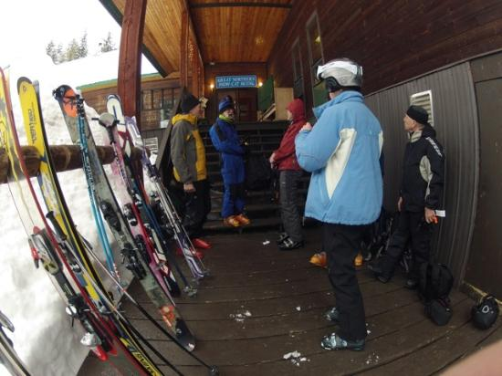 Great Northern Snowcat Skiing: new arrivals prepare for loading