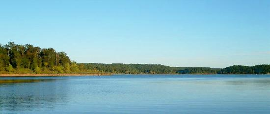 Elizabeth, AR: Norfork Lake at Hand Cove Resort