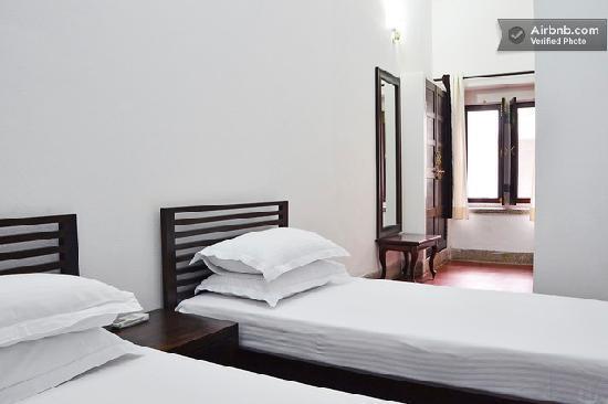 Bhola Bhawan Bed and Breakfast : Twin Sharing