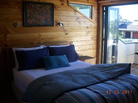 Cathedral Cove Bed and Breakfast : The room