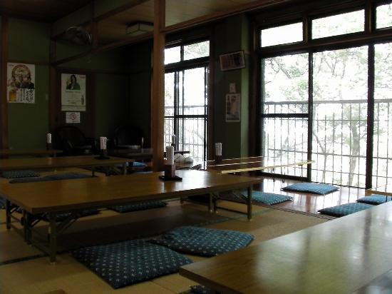 Ichinoide Kaikan: 2階の食事処(兼休憩所)