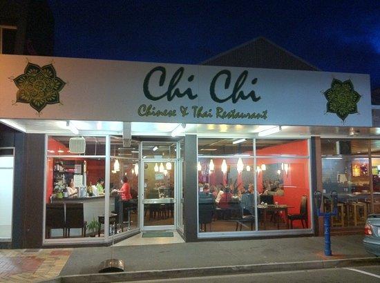 Chi Chi restaurant Thai & Chinese : Chinese&Thai Restaurant