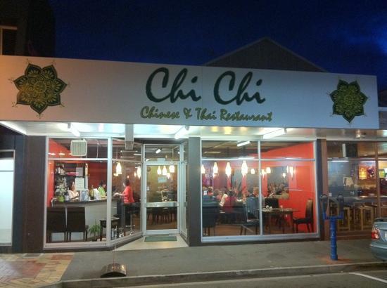 Chi Chi restaurant Thai & Chinese : Chinese &Thai Restaurant