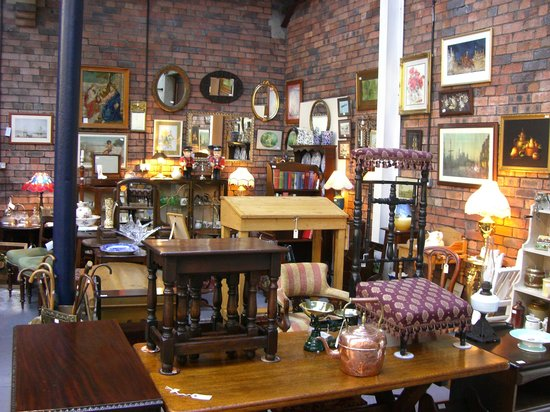 Ironbridge, UK: Antiques