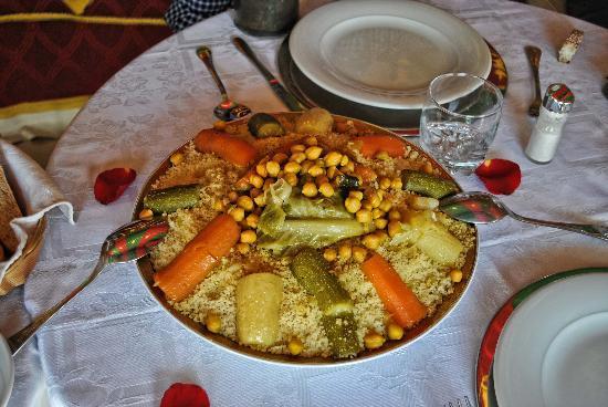 Riad Aguaviva: el almuerzo