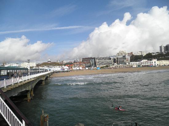 Liza Inn: B`mouth pier
