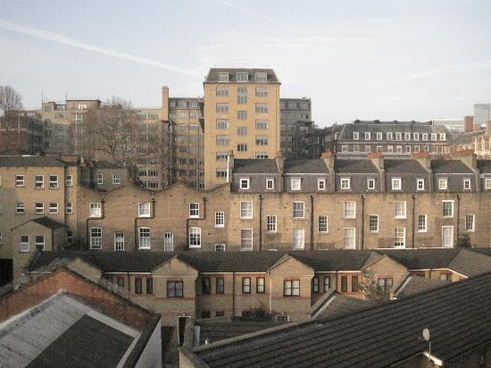 The George Hotel: View from rear bedroom