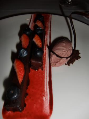 Rosas & Xocolate Boutique Hotel & Spa: Pastel de chocolate