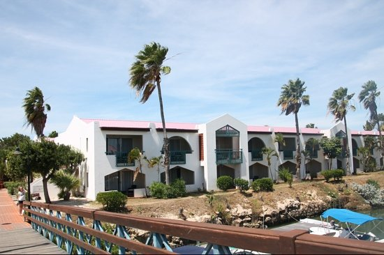 Plaza Resort Bonaire: view of the junior suites laguna from the marina bridge at the Plaza Beach Resort