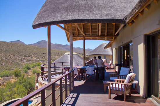 White Lion Lodge: Outdoor dining
