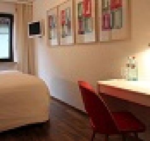 Hotel Kreuzblume: Zimmer - Room