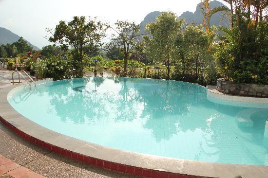 Vansana Vang Vieng Hotel: Pool