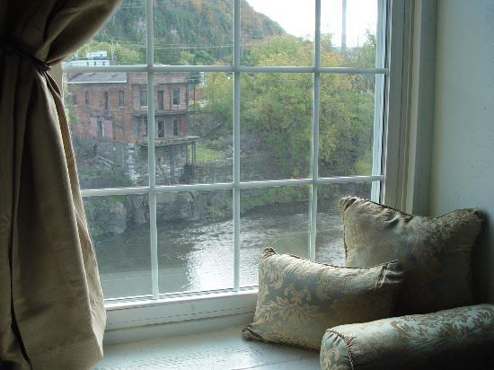 Inn at Stone Mill: River View