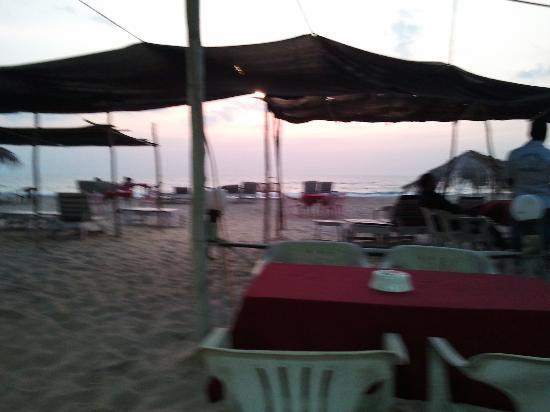 Utorda Beach: Balton's beach shack