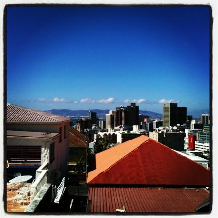Upperbloem : view from pool