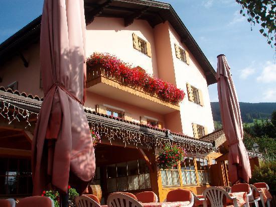Hotel Walter: Hotel Ristorante Walter Summer