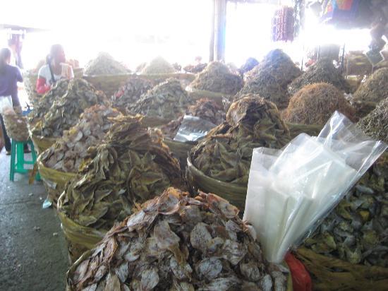 Taboan Public Market: Sea of dried fish