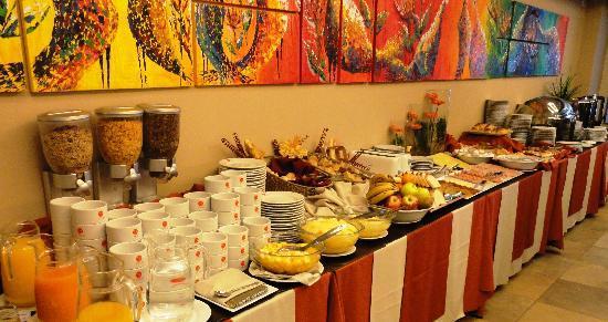 Icaro Suites: Dedalos Breakfast