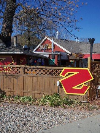Zorbaz Pizza & Mexican Restaurant : Zorbaz