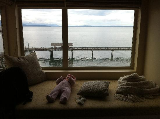 The Chrysalis Inn & Spa: Reading ledge with a simple and beautiful view.