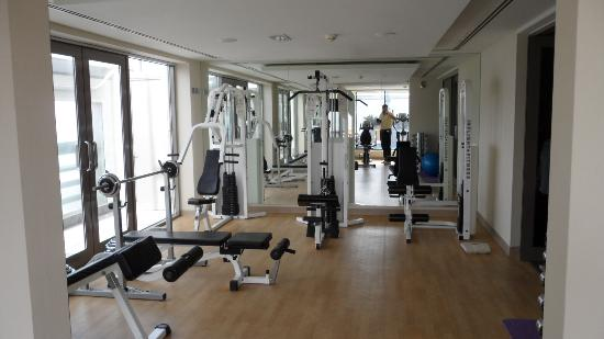 Vision Hotel Apartments: Wonderfully equiped gym