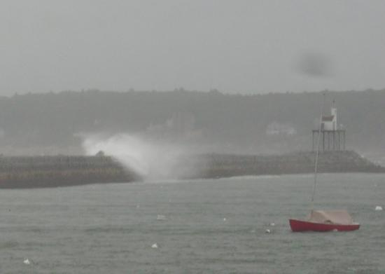 Eastern Point Lighthouse : Storm at the Breakwater