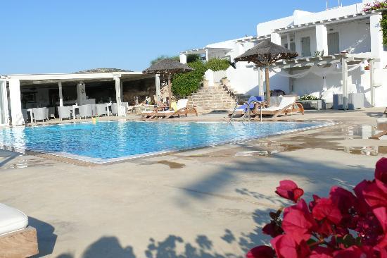 Anemoi Resort : piscine