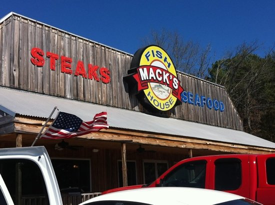 Mack's Fish & Steak House: Mack's from out front