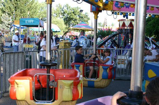 El Dorado Fairgrounds: Rides at the EDC Fair