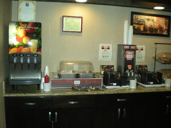 Comfort Inn & Suites Vancouver: Breakfast Area