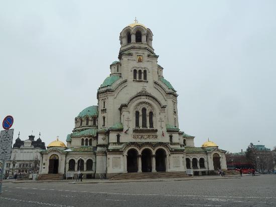 โบสถ์อเล็กซานเดอร์เนฟสกี: Haupteingang