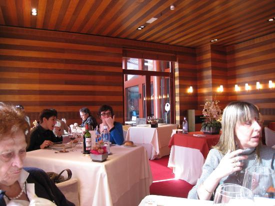 Restaurante Aizian : Vista general del local