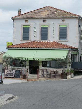 La Bastide des Oliviers : Outside ordinary but food & service extraordinary