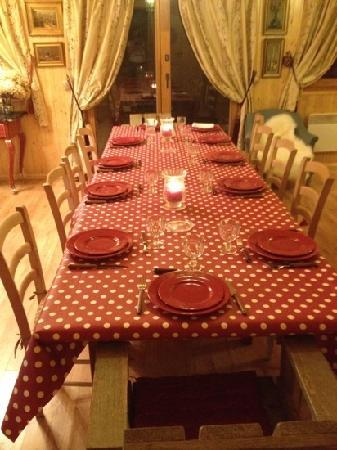 Chalet l'Aigle Bleu : très joli table