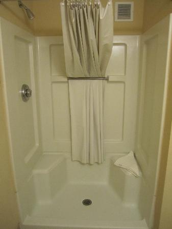 Suburban Extended Stay of Fort Myers: shower