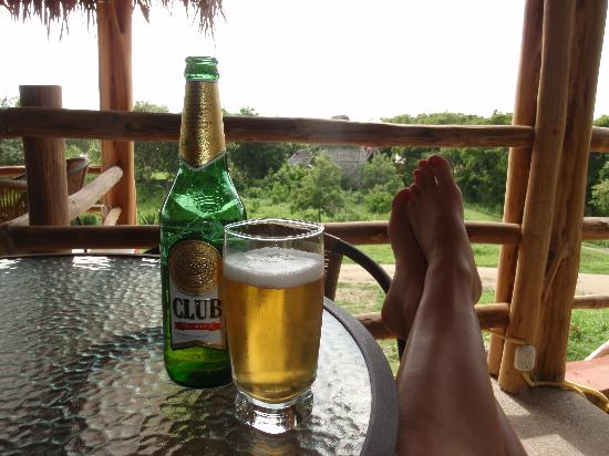 La Buena Vida Hotel- Ayampe : cheap but great beer, always available